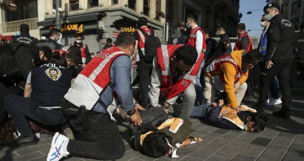 Τουρκία: 212 διαδηλωτές συνελήφθησαν στην Κωνσταντινούπολη στις κινητοποιήσεις για την Πρωτομαγιά