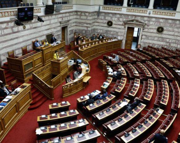 Ψήφος ομογενών: Υπερψηφίστηκε στην Επιτροπή της Βουλής το νομοσχέδιο