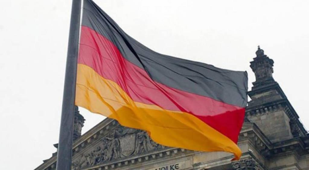 DW: Εργαζόμενοι στα όρια της ανέχειας σε μια Γερμανία που ευημερεί