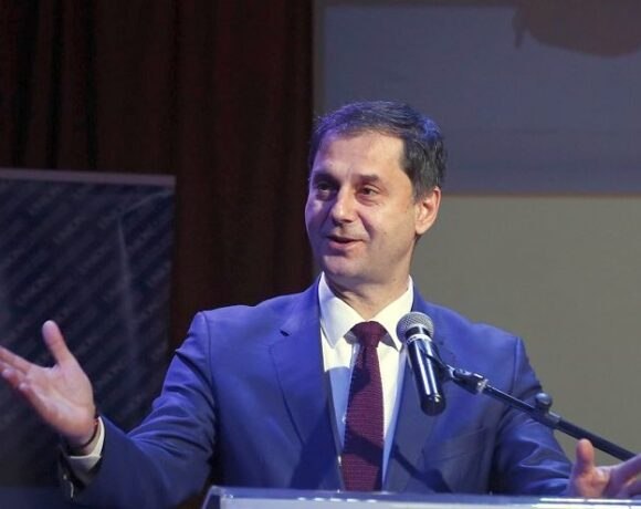 Minister Theoharis to Promote Greece at Spain's FITUR 2021