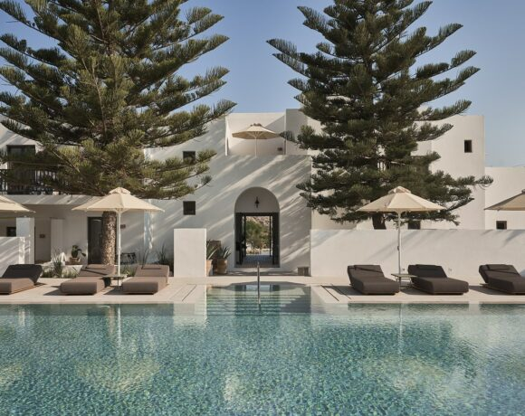 Parīlio Hotel on Paros is Open and Welcoming Guests