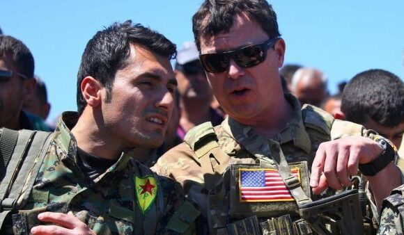 To Κουρδικό παραμένει αγκάθι στην επαναπροσέγγιση ΗΠΑ-Τουρκίας που θέλει ο Ερντογάν