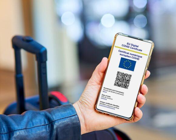 Greek, European Parliaments Approve EU Covid-19 Travel Certificate