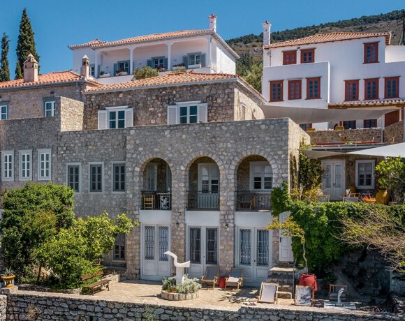 Onos Residence is Open for Summer 2021 Holidays on Hydra