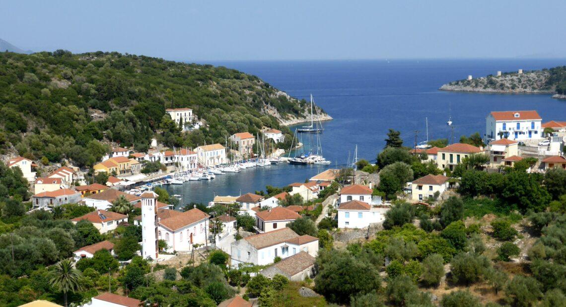 40 μικρά και άγνωστα ελληνικά νησιά για covid-safe διακοπές το φετινό Καλοκαίρι