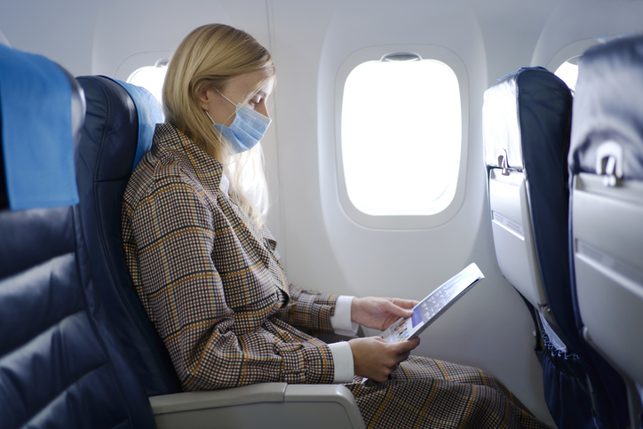 Air Travel: Most Passengers Support Mask-wearing, Says Survey
