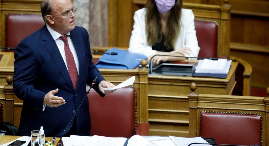 Αντιπαράθεση Ζαββού με αντιπολίτευση στο νομοσχέδιο για παράταση 18 μηνών του «Ηρακλή»