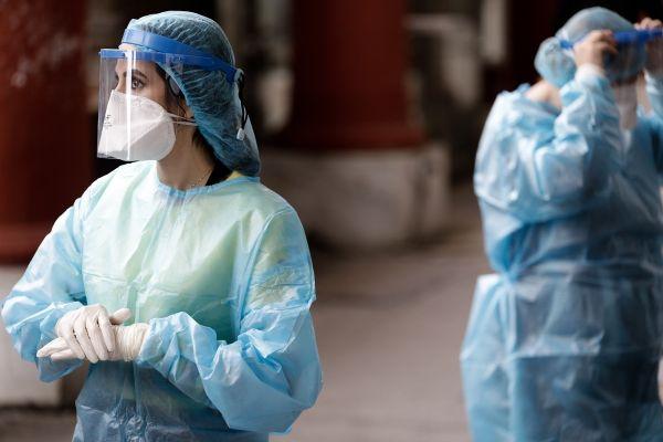 Αυστρία: Δωρεάν θα είναι το τεστ PCR – Υποχρεωτικό από την Τετάρτη στη νυχτερινή εστίαση