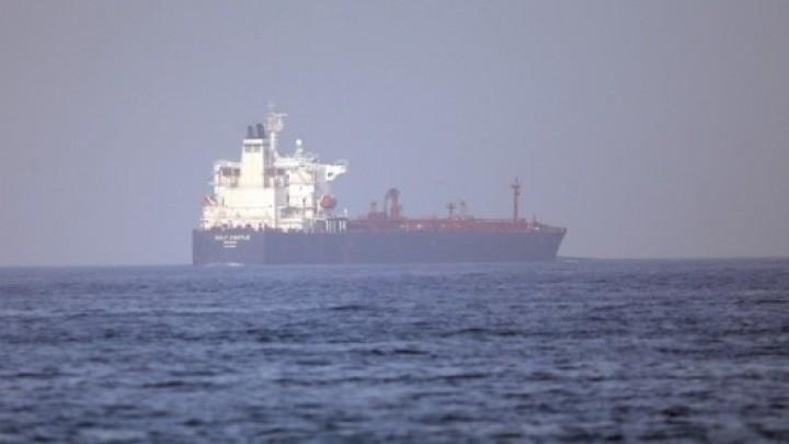 Επίθεση σε τάνκερ ανοιχτά του Ομάν – Το Ισραήλ κατηγορεί το Ιράν