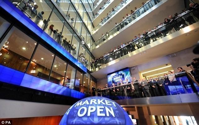 Ευρωαγορές: Επιφυλακτικότητα μετά το χθεσινό ιστορικό ρεκόρ για τον Stoxx 600