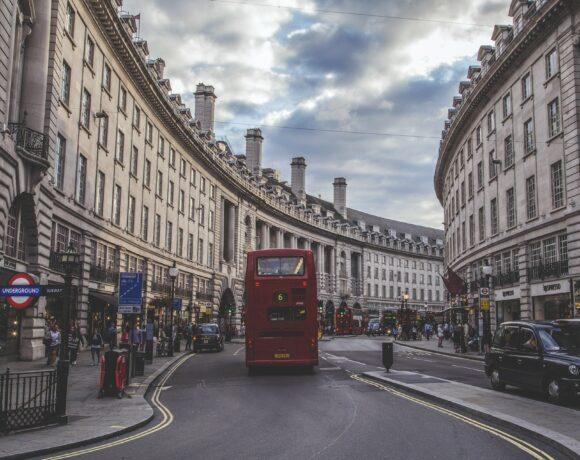 Κορωνοϊός: Το Λονδίνο επιβεβαιώνει την άρση των περισσότερων περιορισμών στις 19 Ιουλίου