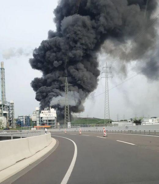 Λεβερκούζεν: Ένας νεκρός, 12 τραυματίες και 5 αγνοούμενοι από την έκρηξη σε εργοστάσιο καύσης απορριμμάτων