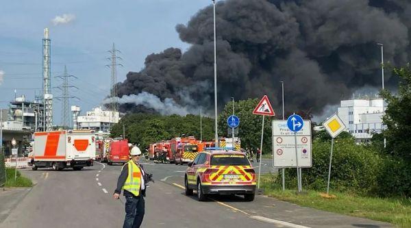 Λεβερκούζεν: Σοβαρά τραυματίες και αγνοούμενοι από την έκρηξη σε εργοστάσιο