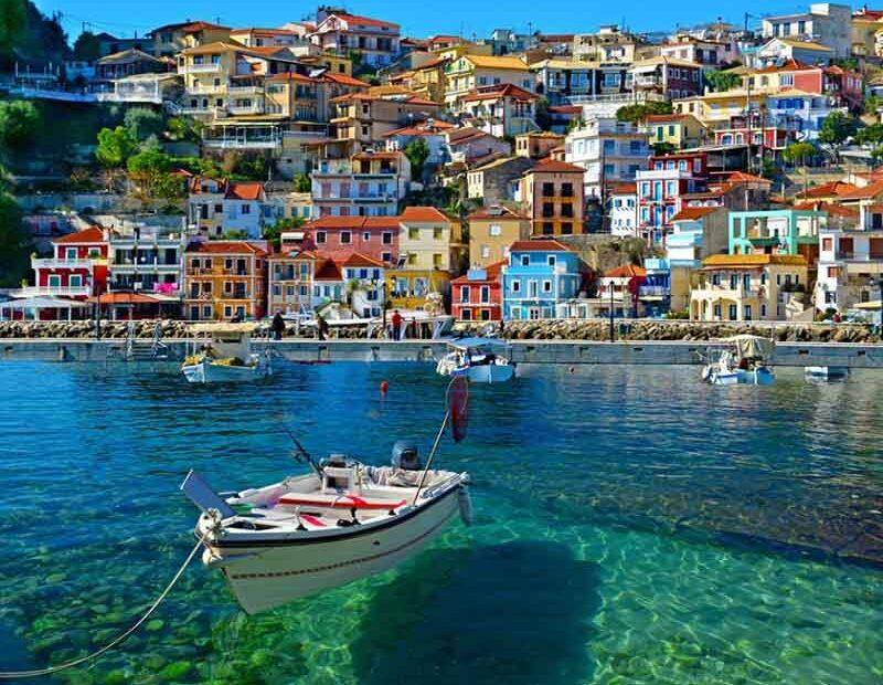 Πάργα: Γιατί βρίσκεται στην κορυφή προτίμησης των Ελλήνων τουριστών