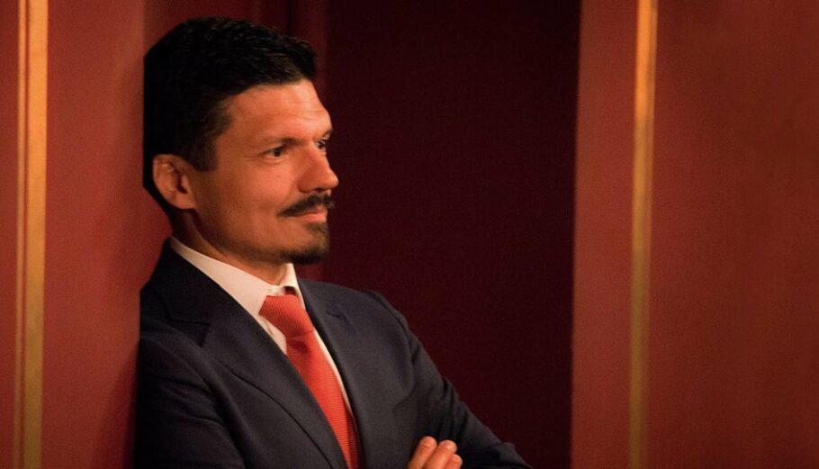 Πέθανε ο επικοινωνιολόγος Βασίλης Τοκάκης
