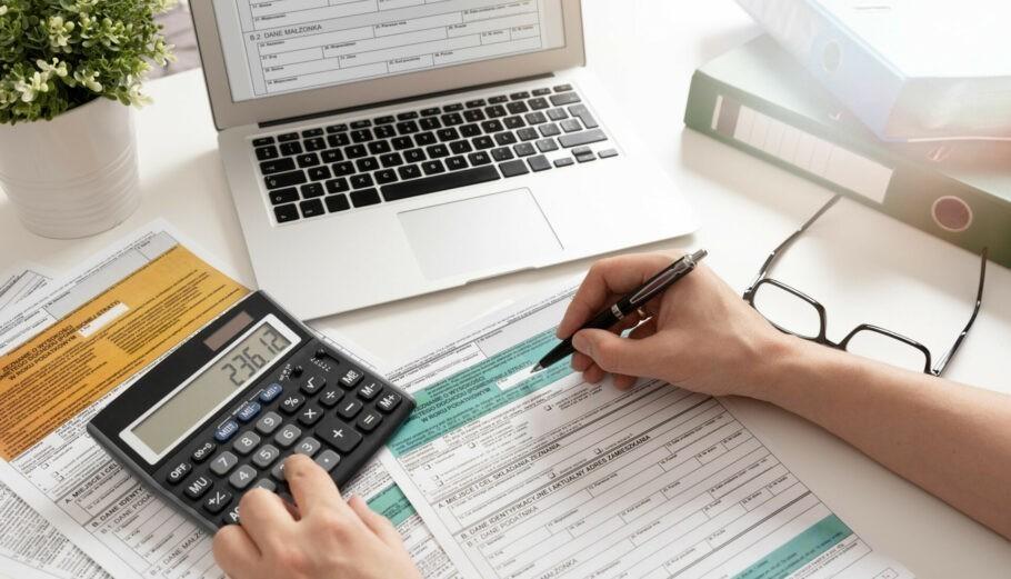 Προς παράταση η υποβολή των φορολογικών δηλώσεων – Ο κίνδυνος να πληρώσουν άδικα φόρους οι εργαζόμενοι