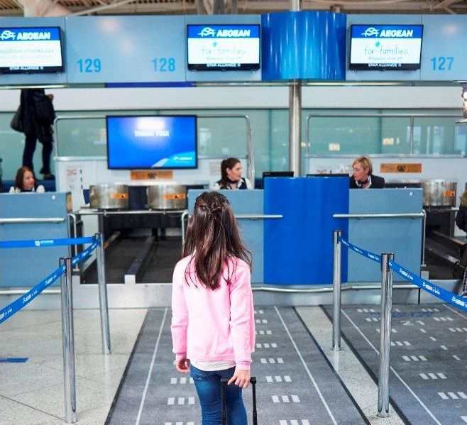 Covid-19: Travelers Aged 12-17 Can Fly to Greek Islands with Negative Self-test