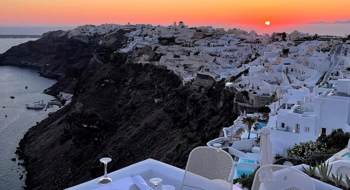 IKIES Santorini Hotel Launches New In Room Private Dining Service