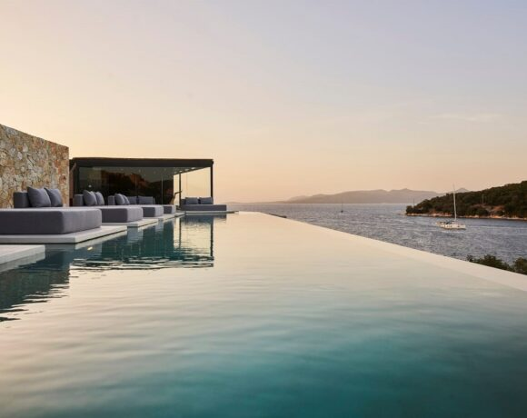 New Azur Retreat on Meganisi Takes Accommodation to Different Heights