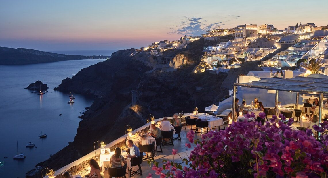 Petra Restaurant of Canaves Oia Suites Honored for Excellence