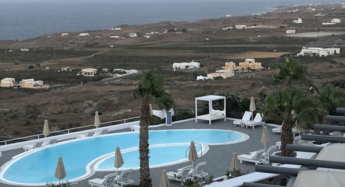 Santorini's Amber Light Villas Launches Special In-house Activities for Guests