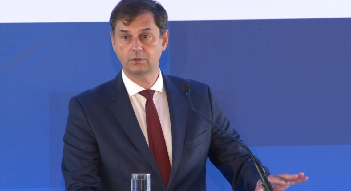 Tourism is Not Causing Covid-19 Spike in Greece, Says Minister