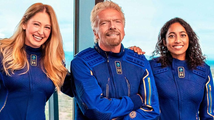 Virgin Galactic: Πότε ξεκινά τις εμπορικές πτήσεις μετά την «κατάκτηση του Διαστήματος» από τον Ρίτσαρντ Μπράνσον