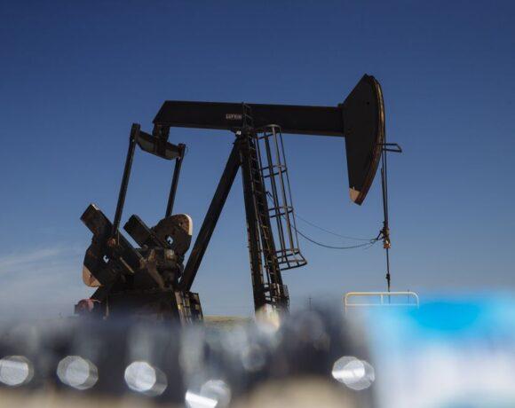 Πετρέλαιο: Απώλειες για τον «μαύρο χρυσό»