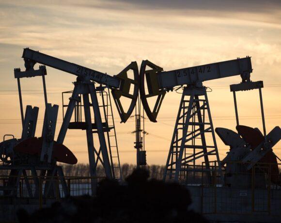 Πετρέλαιο: Στο χαμηλότερο επίπεδο από τον Μάιο