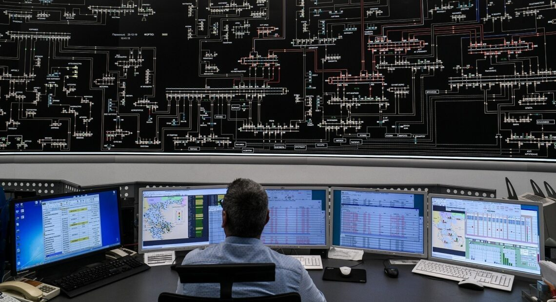 ΥΠΕΝ: Δοκιμάζονται οι αντοχές του ηλεκτρικού συστήματος – Κρίσιμη μέρα η Δευτέρα