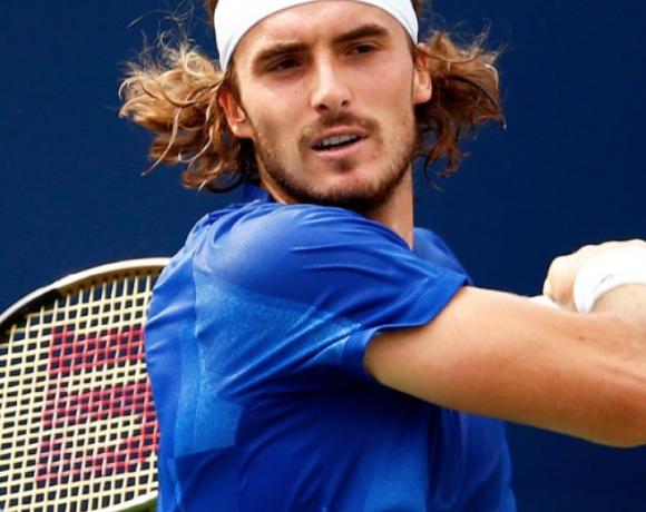Φοβερό τένις από τον Τσιτσιπά, πέρασε στα ημιτελικά
