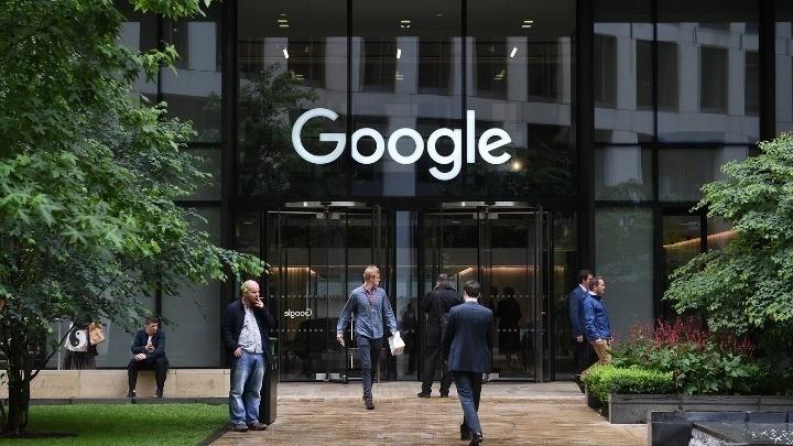 Google: Παράταση στην τηλεργασία μέχρι τον Ιανουάριο 2022
