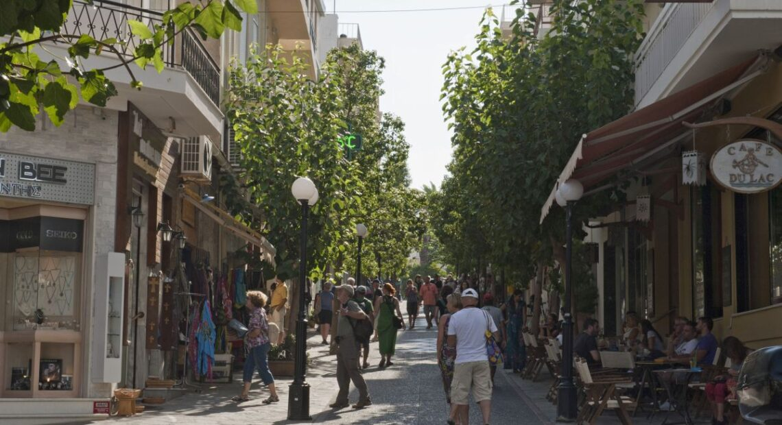 NBG: Tourism – Consumption to Bolster Greek Economy in Q2