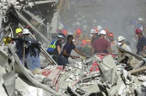 11 Σεπτέμβρη – Οι ηρωικές μάχες των πυροσβεστών που θυσιάστηκαν για να σώσουν τους εγκλωβισμένους