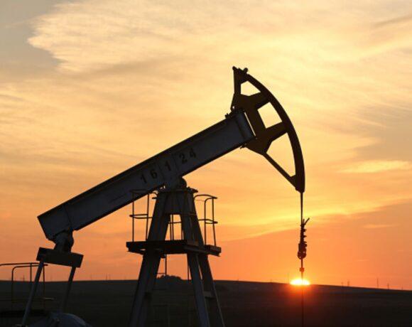 Απώλειες 1,4% για το πετρέλαιο
