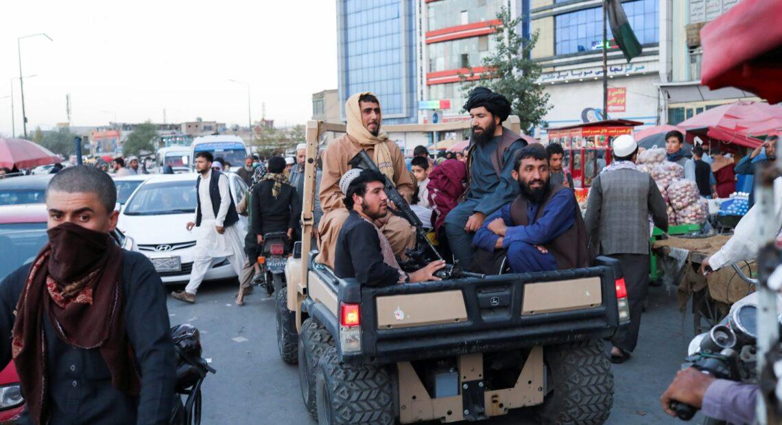 Αφγανιστάν – Οι Ταλιμπάν διέλυσαν με τη βία μια διαδήλωση γυναικών στην Καμπούλ