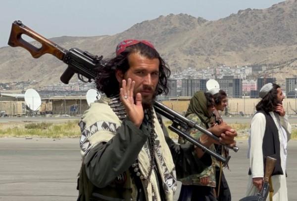Αφγανιστάν – Τα εκφοβιστικά «νυχτερινά γράμματα» των Ταλιμπάν – «Παράδοση ή θάνατος»