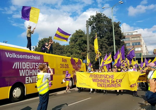 Γερμανία – Χιλιάδες πολίτες διαδήλωσαν για την αύξηση των ενοικίων στο Βερολίνο