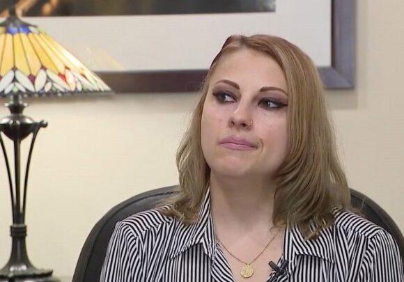Δικαστική απόφαση-σοκ στις ΗΠΑ – Έχασε την επιμέλεια του 11χρονου γιου της, γιατί δεν είχε εμβολιαστεί