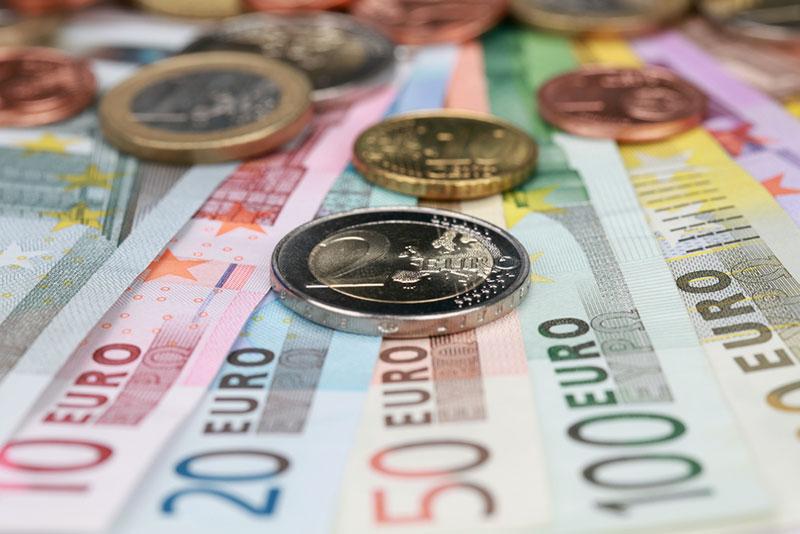 Εβδομάδα πληρωμών: Τι θα καταβάλλουν ΕΦΚΑ και ΟΑΕΔ μέχρι 24/9
