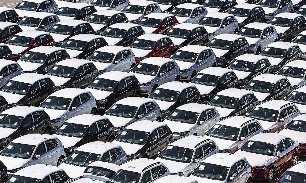 Ελλείψεις: Πώς οι ημιαγωγοί έριξαν τις πωλήσεις στα αυτοκίνητα (πίνακες)