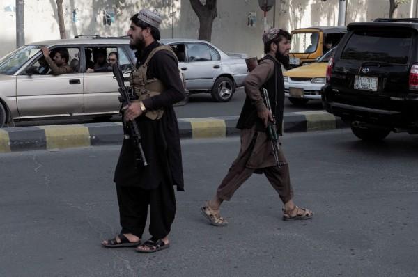 Η δύσκολη αλλά αναγκαστική συνεννόηση ΗΠΑ και Ταλιμπάν
