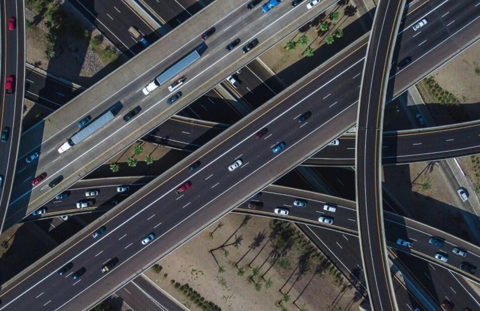 Η Mobileye και η Sixt σχεδιάζουν νέα υπηρεσία για αυτόνομα ρομποτικά ταξί