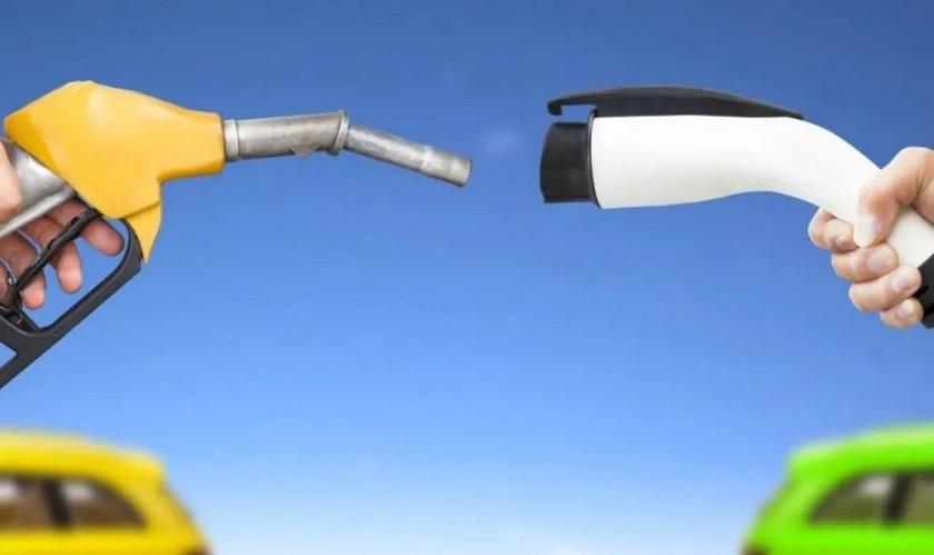 Ηλεκτρικά vs συμβατικά: Τελικά, ποια είναι πιο ρυπογόνα