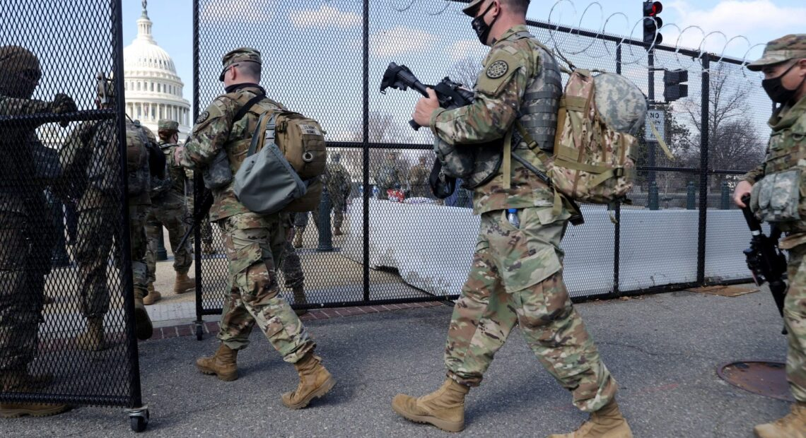 ΗΠΑ – Ερευνάται ο ρόλος του Τραμπ στην εισβολή στο Καπιτώλιο – Κλήθηκαν να καταθέσουν συνεργάτες του