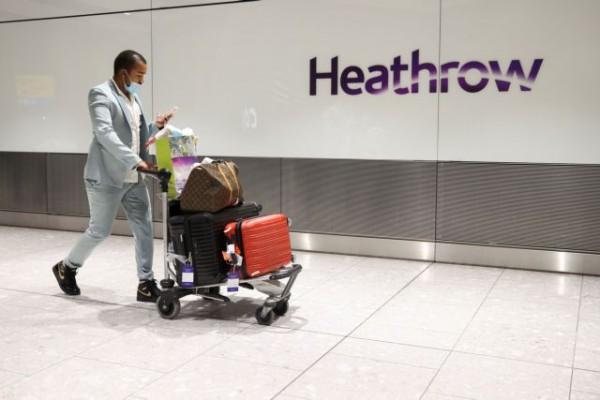 Κοροναϊός – Οι νέοι ταξιδιωτικοί κανόνες της Αγγλίας για την πανδημία προκαλούν οργή σε όλο τον κόσμο