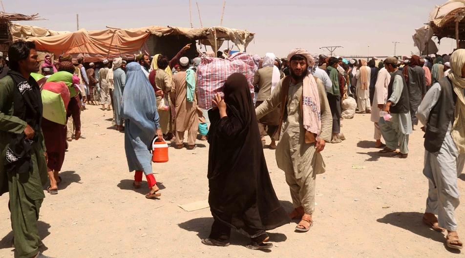 DW: Εκατοντάδες Αφγανοί πρόσφυγες βρήκαν καταφύγιο στην Αλβανία