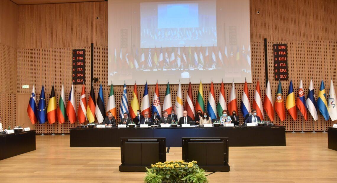 Eurogroup: Τα «αγκάθια» του Συμφώνου Σταθερότητας και Ανάπτυξης που διχάζουν την ΕΕ