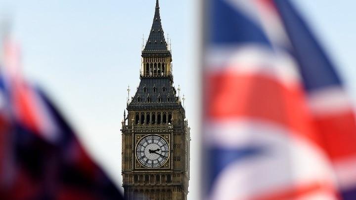 Βρετανία: Τα συνταξιοδοτικά ταμεία έχουν επενδύσει £128 δισ