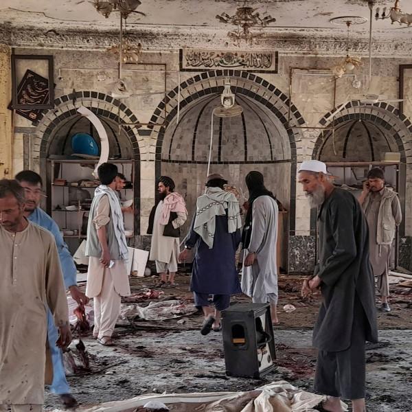 Βόμβα στην Κουντούζ – Προσπάθεια να αναζωπυρωθεί αντιπαράθεση Σουνιτών και Σιιτών στο Αφγανιστάν